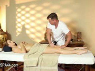 Noslēpums masturbation un erotika uz īpašs tricky spa