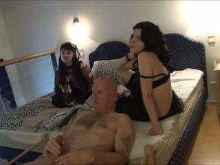 Ulf larsen čurajošas flashing wanking & eating spermas šķīdums: porno ae