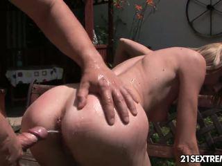 Pee par petting