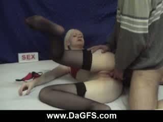 Prostituee cums van anaal