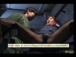 Chihiro hara marota asiática moidel é tied para cima em cadeia e