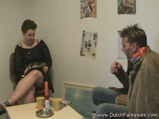 Valmistus the hollantilainen nainen onnellinen
