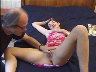 Un vieux se tape une jeune, חופשי 18 years ישן פורנו וידאו 92