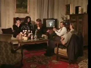 La veuve de buda fesse retro elokuva