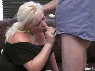 Ta leaves ja ta cheats koos blond täidlasem: tasuta porno 0d