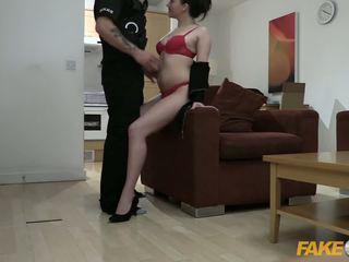 Fake pulisi kantor slut fucked by policeman