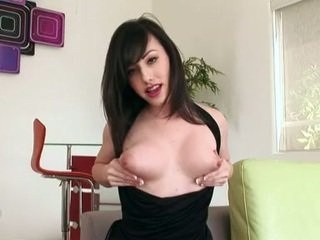 Horny Nympho Jennifer White Gets Likewise Hot To Handle For One Naughty Masturbation