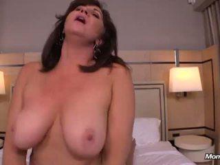 Thick rinnakas cougars esimene porno <span class=duration>- 14 min</span>