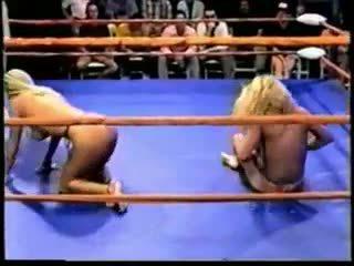 Topless profesionāls ring cīņa, bezmaksas porno 83