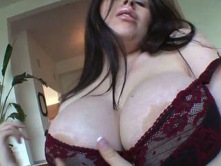 brunetes, lielas krūtis, pornstar