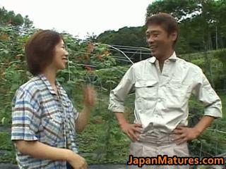 Chisato shouda aziāti pieauguša mazulīte gets