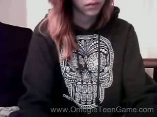 Ryanne plays omegle game on web kamera