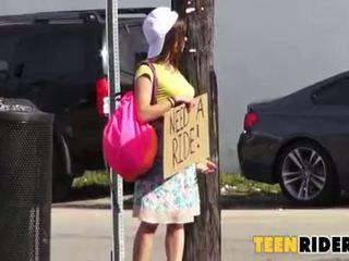 Horký pohlaví s a nadržený hitchhiker 0001