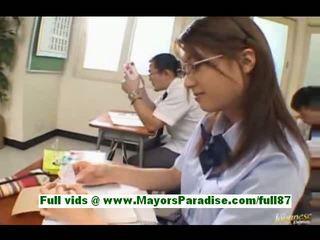 Yamasaki honoka ティーン アジアの 女子生徒 で ザ· 教室 writes tickets