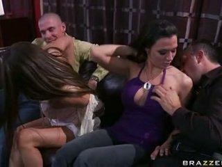 Rachel roxx ו - rachel starr משחק עם חתיכה lads
