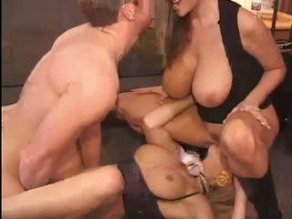 Kuuma kelly madison ja michelle b gets niiden makea pussies hammered kova