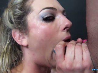mutisks sekss, deepthroat, kaukāzietis