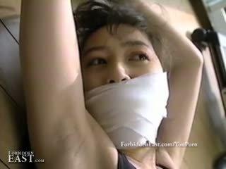 Ładne orientalne kobiety związanie i restrained na intense fetysz zabawa