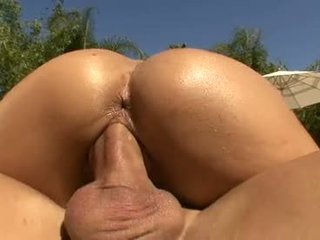 Bombshell Teri Weigel Rides Her Hot Snatch On A Cock Like A Horny Naked Cowangel