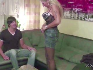 Mutti fickt den 18j jungspund von nebenan: kostenlos hd porno b5