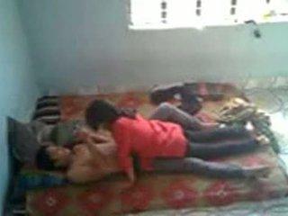 Bangladeshi ιατρικό μαθητής/ρια με bf σε mess (leaked)