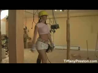 Krūtainas contractor dot minēts - tiffanypreston