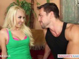 Seksualu blondinė aaliyah pažinčių žįsti ir šūdas a didelis bybis