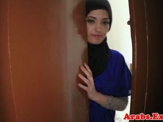 Αραβικό ερασιτεχνικό beauty pounded για λεφτά, πορνό 79