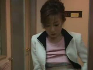 Japans mam betrapt nephew aftrekken video-