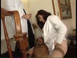 डबल प्रवेश, बड़े स्तन, बड़े चूतड़