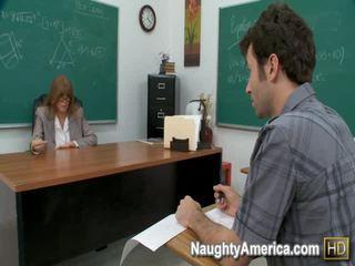 Darla crane giới tính