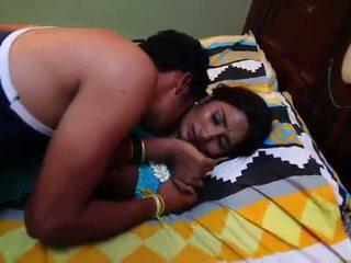 インディアン 主婦 ロマンス とともに newly 結婚した bachelor - midnight masala 映画を -