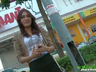 Sexy tímida tailandesa gaja feliz para tomar em grande branca caralho: porno a5