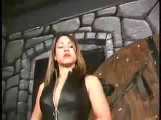 Ruthless vixens 112 a brutālie sišana
