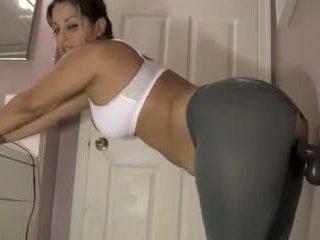 bruneta, hračky, webcam