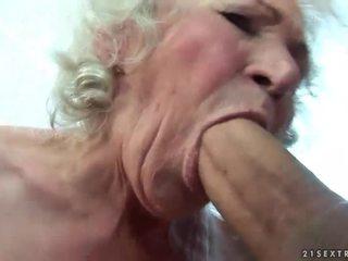 Pieptoasa bunicuta gets ei paros pasarica inpulit