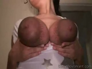 Putih maly milking her big ireng susu