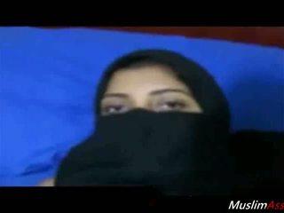 Fucking arab người phụ nữ với niqab