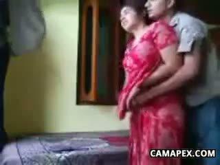 มีอารมณ์ อินเดีย คู่ ร่วมเพศ