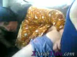 Hijab gadis nakal mobil apaan