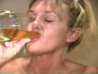 Piss: Sherry Carter Drinking More Old Piss
