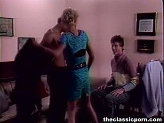 Tempting vähe female beaded onto two members
