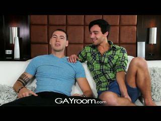 Gayroom - tw-nks ottenere fortunato su spogliarello e cazzo