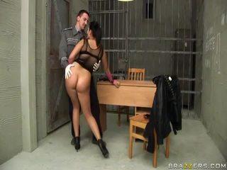 Jasmine שחור gives מציצות ל שוטר ו - gets תחת מזוין
