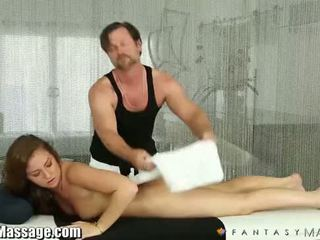 Fantasy massage maddy o'reilly gets een huis telefoontje