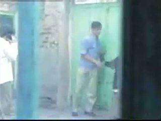 Arab amatöör gangbang