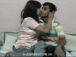 インディアン lovers ハードコア セックス scandal で 寮 部屋 leaked