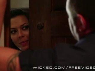 Wicked - Hot Cougar Rachel Starr loves cock