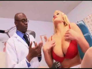 Chaud infirmière salope anal examen vidéo