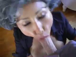 kouření, cumshots, velká prsa